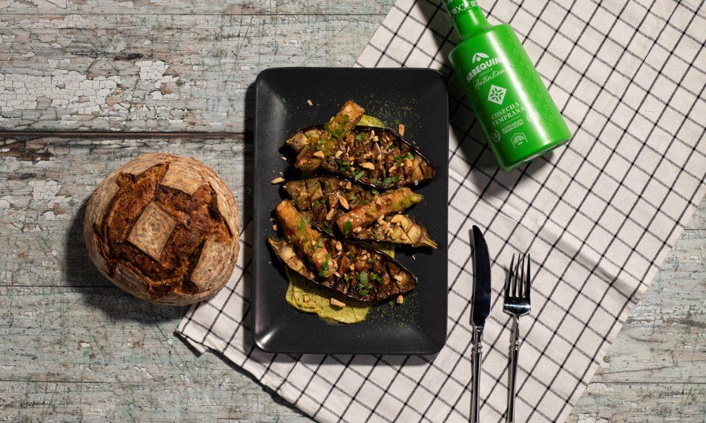 berenjenas con salsa verde y tofu